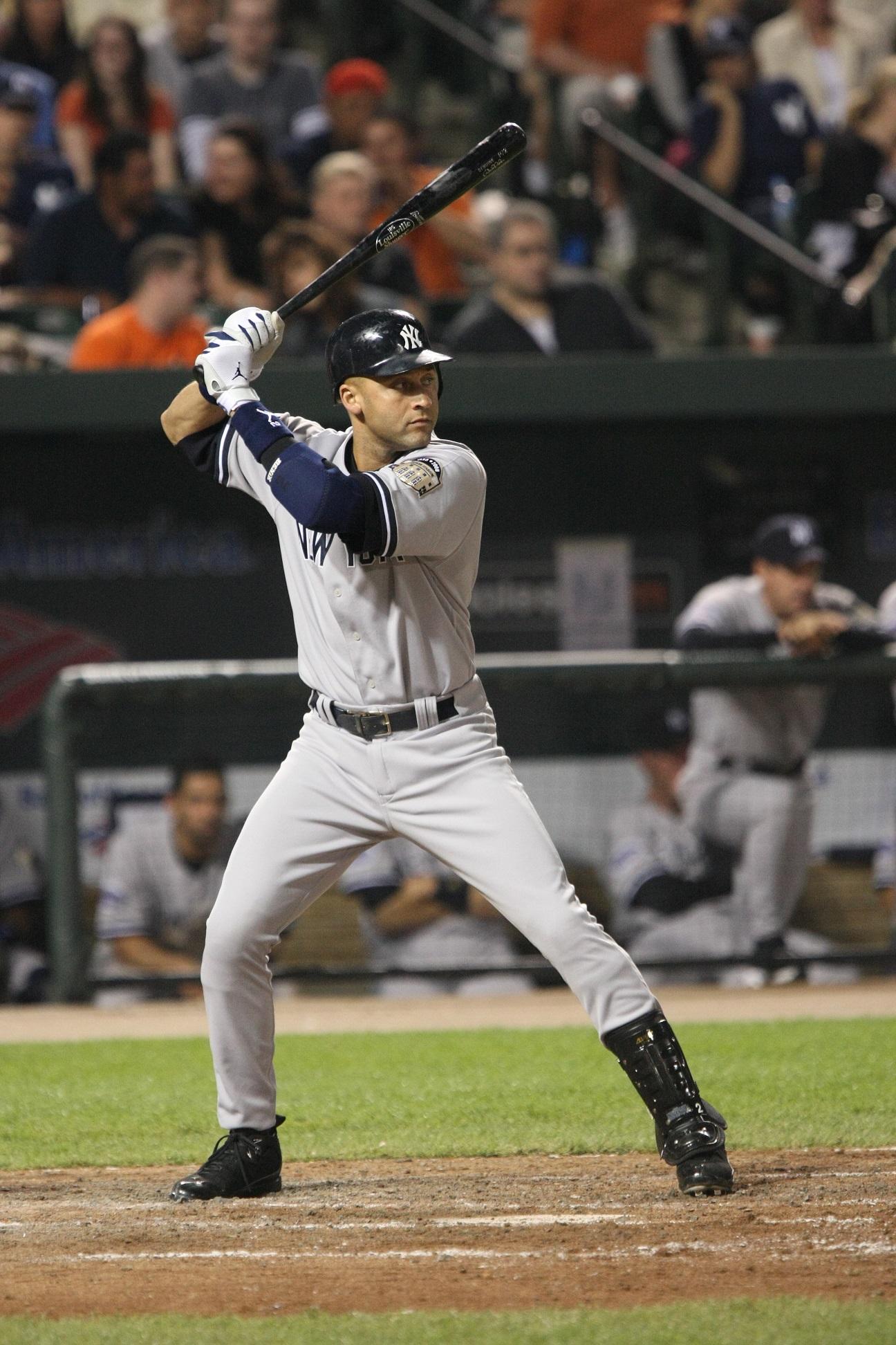 Jeter, en acción en un partido (WIKIPEDIA).