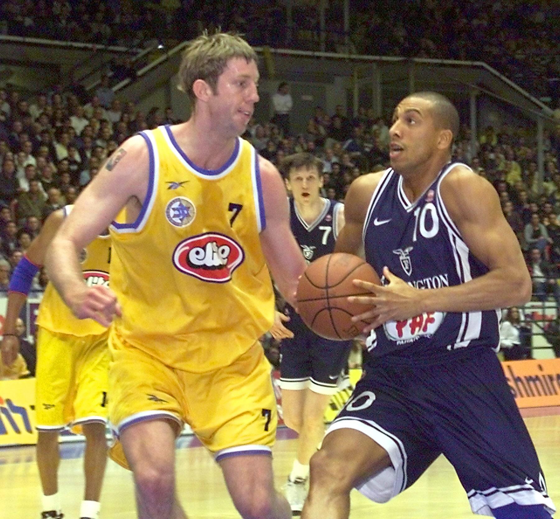 Carlton Myers, en un partido dela Euroliga entre el Maccabi de Tel Aviv y el Fortitudo Bologna (Archivo 20minutos).