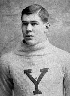 Heffelfinger, en Yale (WIKIPEDIA).