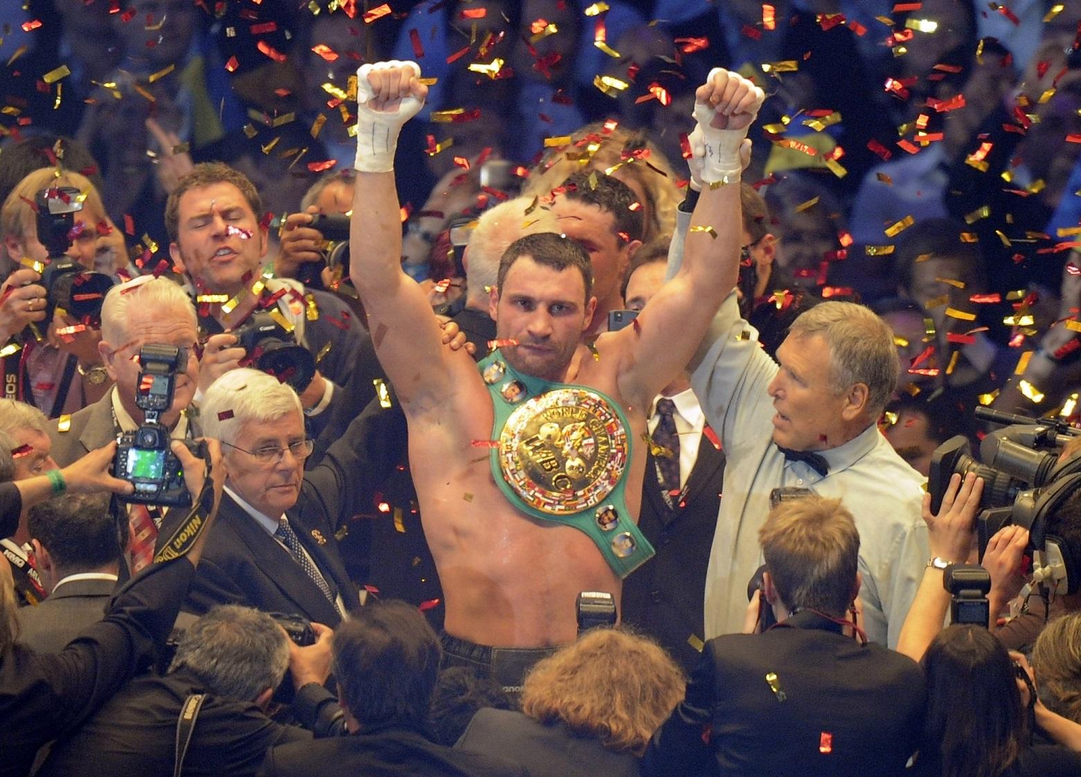 Klitschko, tras ganar el título de los pesados en Alemania, en 2010 (GTRES).