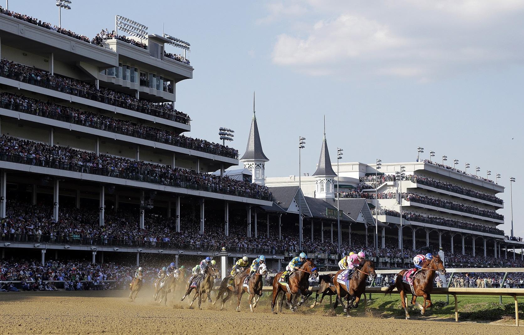 Espectacular panorámica del derby de Kentucky del año pasado (GTRES).