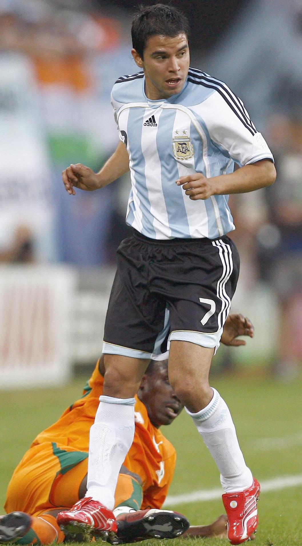 Saviola, con la selección argentina en un partido ante Costa de Marfil (GTRES).