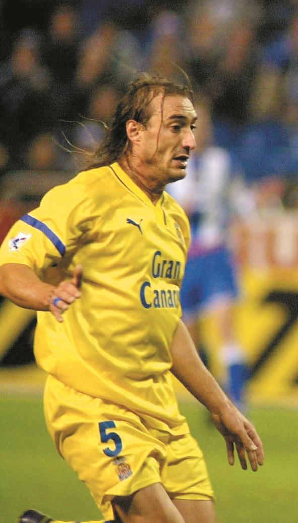 Paqui, en acción en un partido de Liga con la UD Las Palmas (Archivo 20minutos).