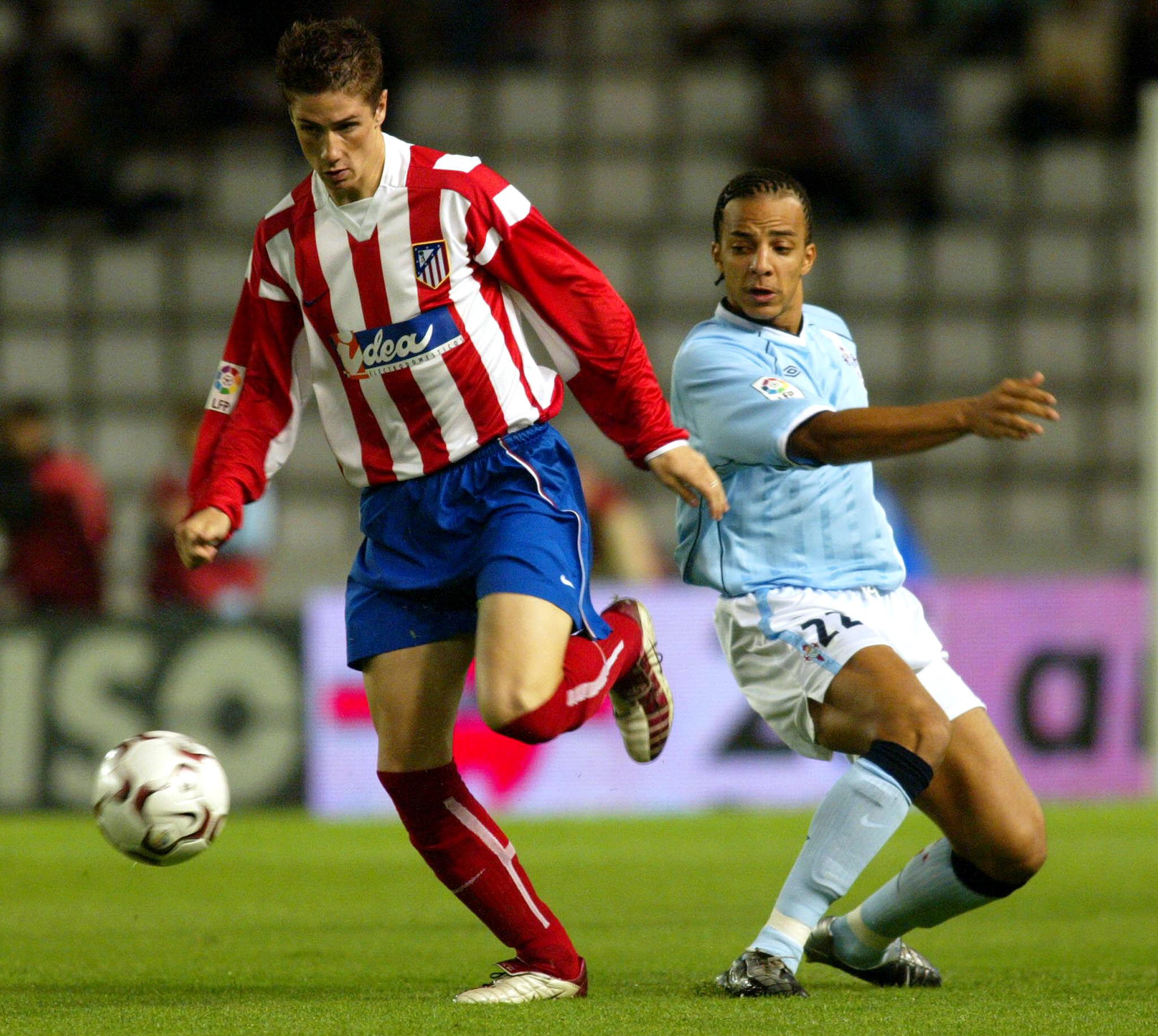 Luccin, jugando con el que sería su equipo después, en un Celta-Atleti en Balaídos de Liga (Archivo 20minutos).