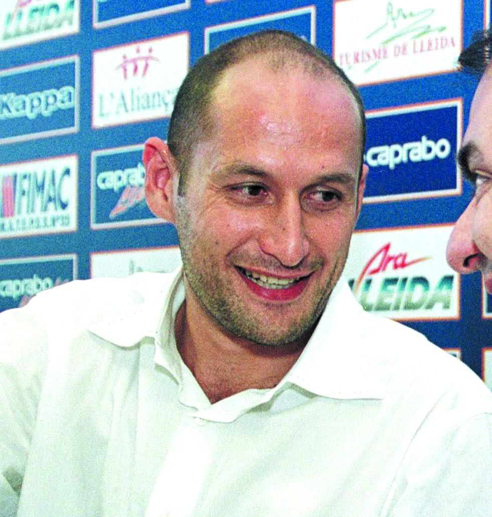 Angulo, en su presentación con Caprabo Lleida en 2002 (Archivo 20minutos).