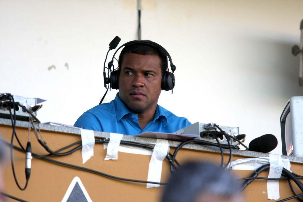 Müller, en 2008, ejerciendo de comentarista (WIKIPEDIA).