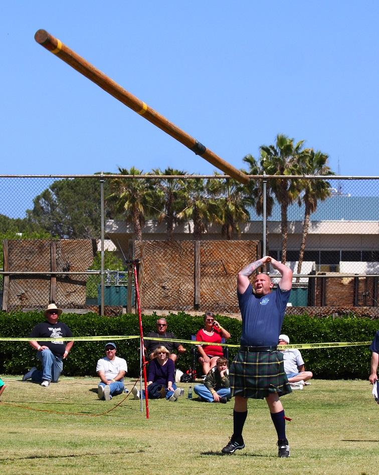 d8a053f9613a5 Qué son los Highland Games  deporte con falda
