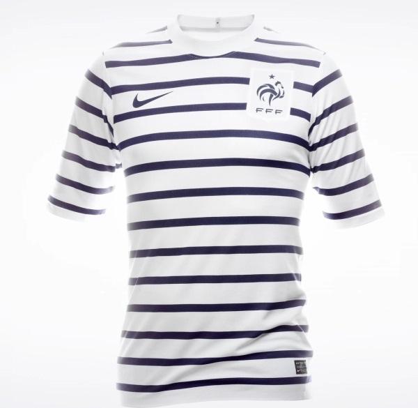 62bc9830 Camiseta visitante de Francia de la temporada 2011/2012 (NIKE).