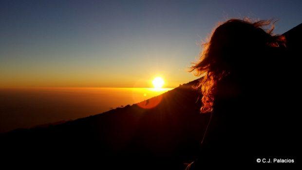 Puesta del sol desde el Teide, a 3.500 metros de altura.
