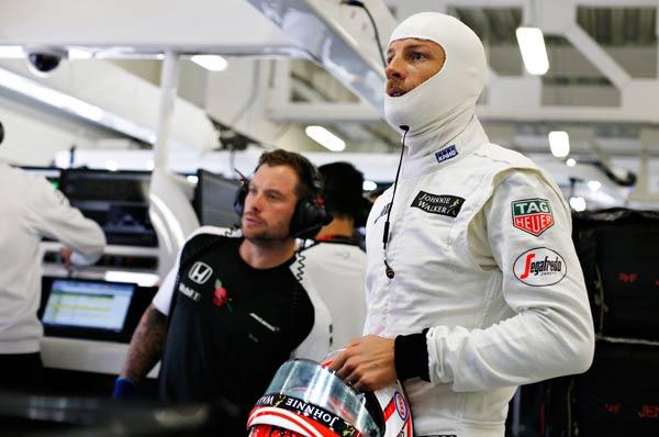 Jenson Button, en el box de McLaren en México (Foto: McLaren).