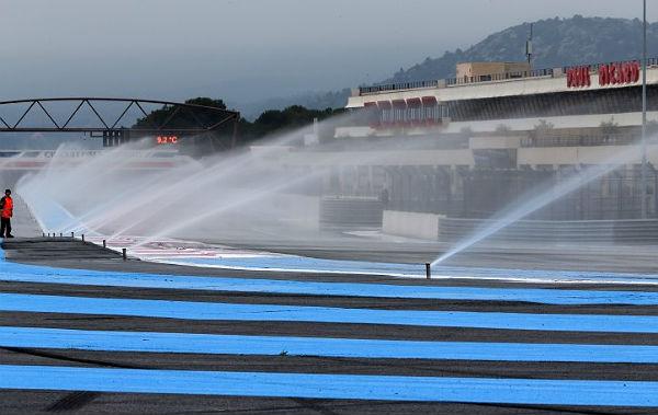 Aspersores en el circuito Paul Ricard (Foto: Paul Ricard Circuit).