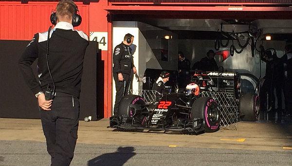Jenson Button, en los test de Barcelona (Foto: McLaren-Honda).