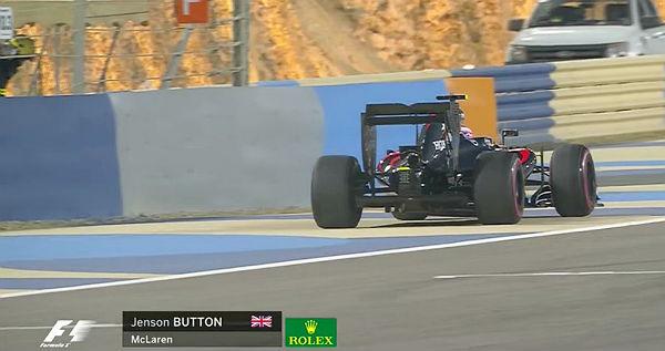 Button abandona en el GP de Bahréin.