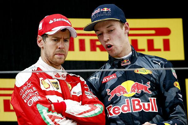 Vettel y Kvyat, en el podio de Shanghái.