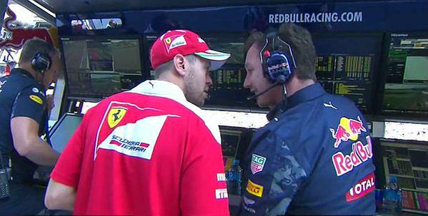 Vettel, pidiendo explicaciones a Horner en el GP de Rusia.