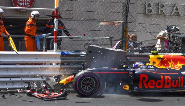 Accidente de Verstappen en el GP de Mónaco (Foto: Efe).
