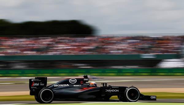 Alonso, en Silverstone (Foto: McLaren).