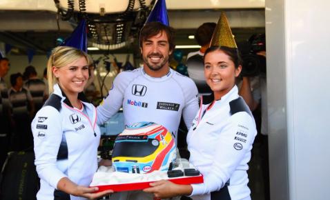 Cumpleaños de Alonso en el pasado GP de Alemania (Foto: McLaren).