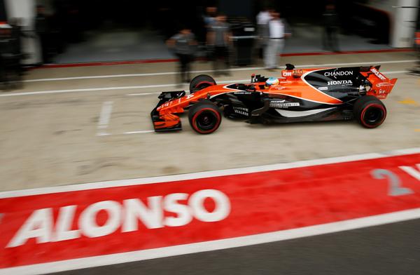 El motor de Alonso casi igualará la potencia del Mercedes en 2018