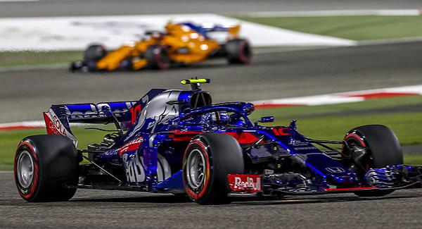 """""""Alonso quería atacar a Red Bull y está detrás de Toro Rosso"""""""