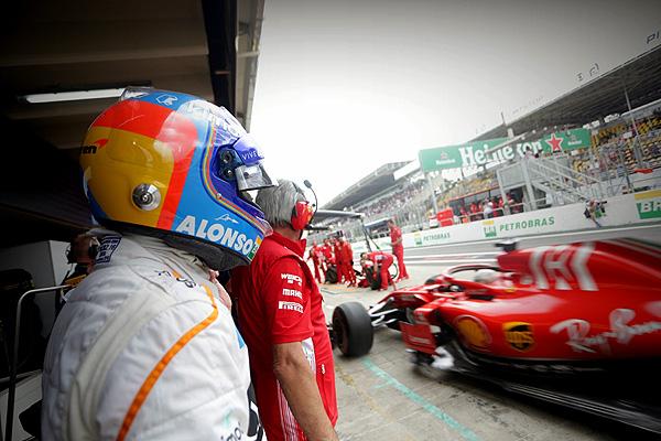 Acusan a Fernando Alonso de sabotear a McLaren