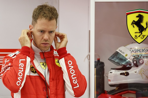 """Irvine: """"Vettel está exageradamente sobrevalorado"""""""