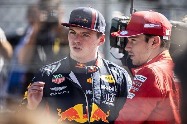 El padre de Verstappen advierte a Red Bull
