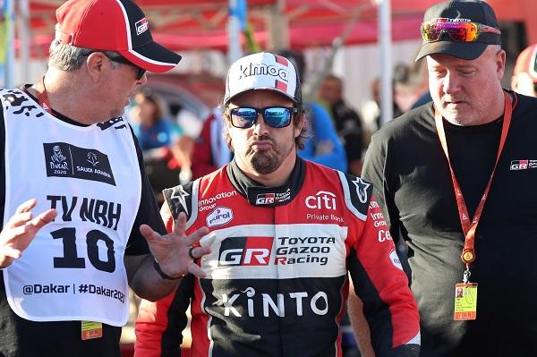Alonso sigue deslumbrando en el Dakar