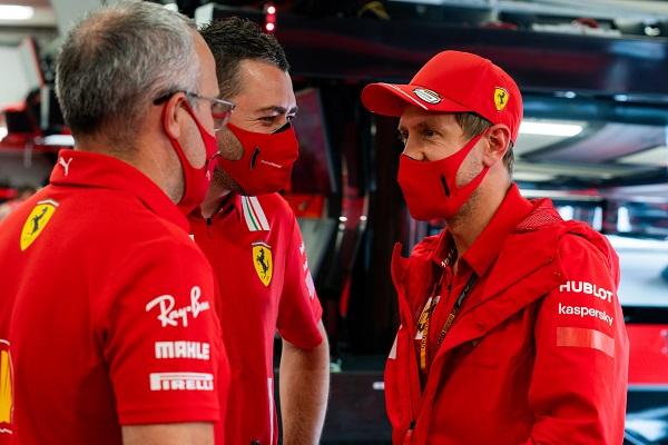 Vettel ya tiene el asiento reservado en el clon barato de Mercedes