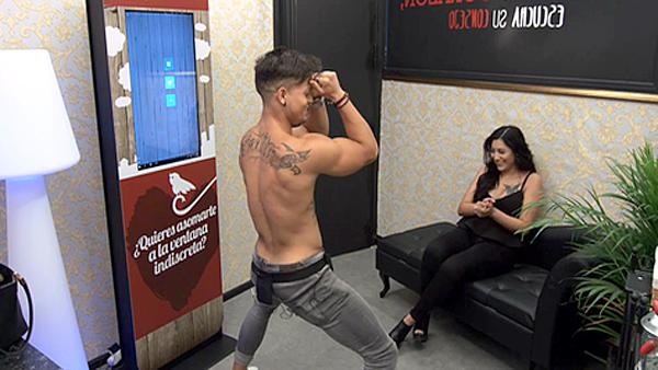 caliente strippers golondrina en Tarragona