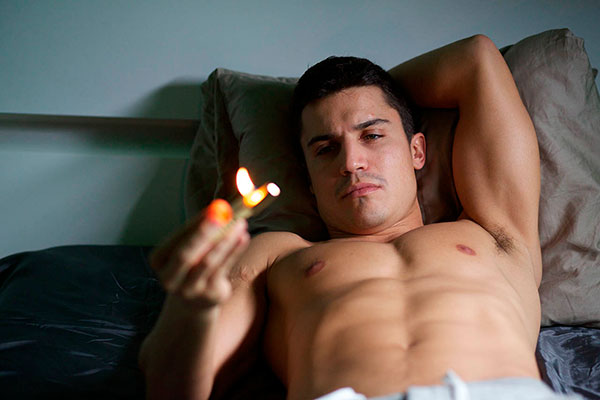 Alex González en 'Combustion'