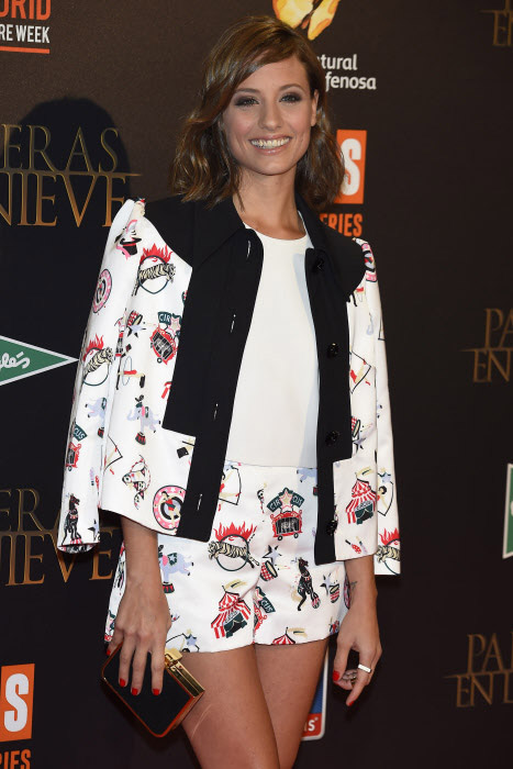 La actriz Michelle Jenner ideal y perfecta en el estreno madrileño de 'Palmeras en la nieve'