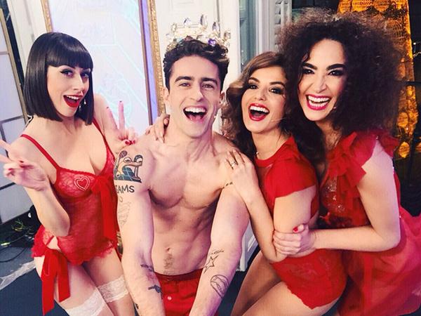 Los protagonistas de Cámbiame despidieron el año en Telecinco