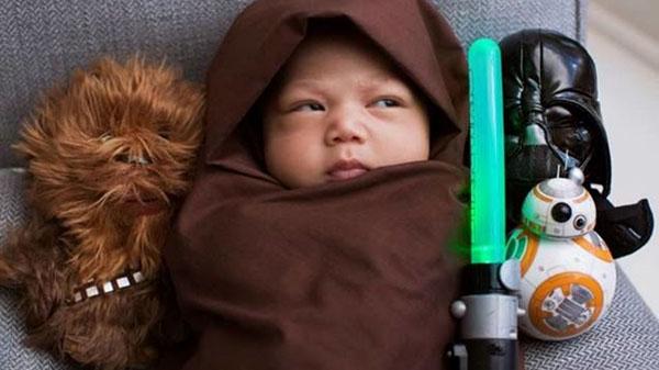 Así disfrazó a la nena con ocasión del estreno de Star Wars: el despertar de la fuerza