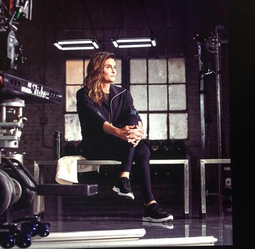 Caitlyn, posando para la nueva campaña de H&M