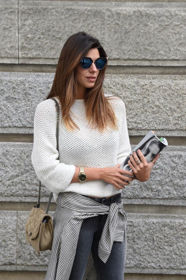 Laura lleva gafas de Fendi, anillos de DODO y reloj de Henry London