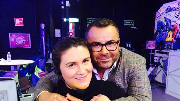 Carlota Corredera conducía desde el pinganillo el polémico programa de Telecinco