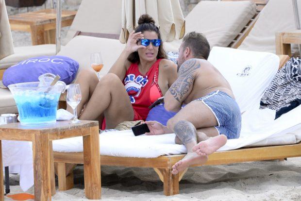 Raquel Bollo y Rafa Mora durante unas vacaciones en Ibiza