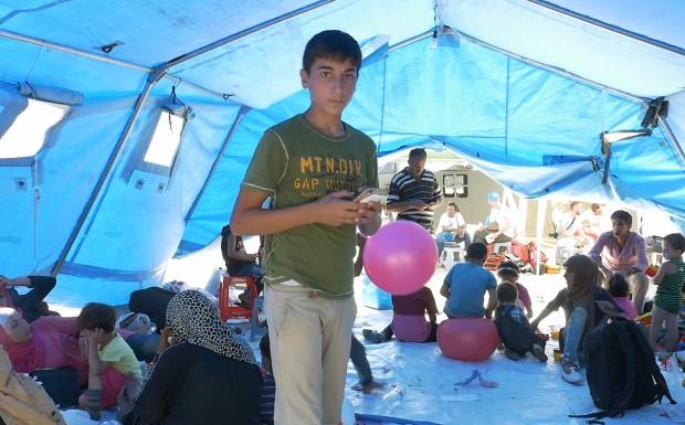 Las aplicaciones móviles: un salvavidas para los jóvenes sirios que huyen de la guerra hacia Europa