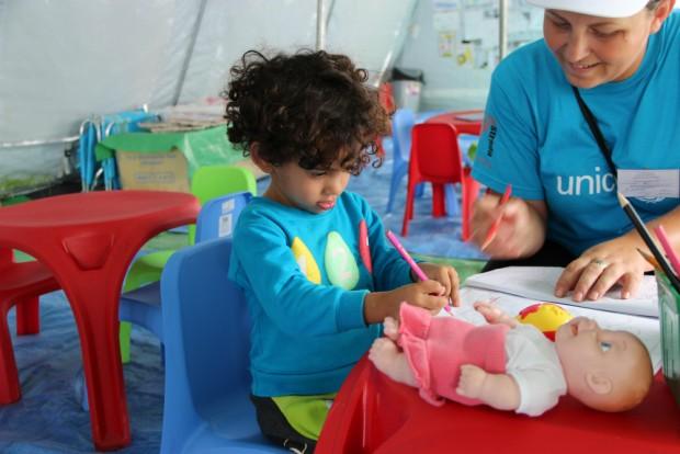 Refugiados o migrantes, los niños son lo primero