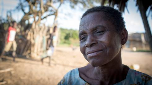 Nzingo fue atacada por un familiar (c) Roopa Gogineni/HelpAge International