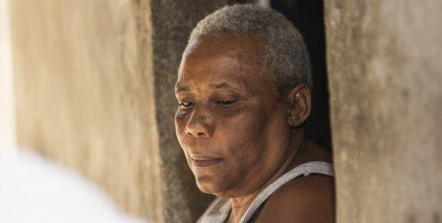 Marie ha sido despedida una vez de su trabajo en Haití porque su empleador pensaba que era demasiado mayor © Joseph Jn-Florley/HelpAge International