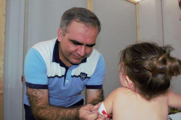 Día Mundial de la Asistencia Humanitaria: el doctor sirio que no abandonó a los desplazados