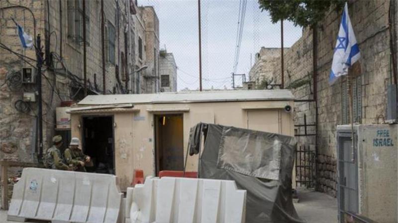 Control militar israelí en la ciudad vieja de Hebrón-Cisjordania (Foto: Aljazeera)