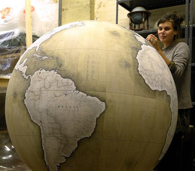 El globo terráqueo 'Churchill', uno de los modelos de mayor tamaño de Bellerby & co. - Foto: Peter Bellerby/Wikimedia commons