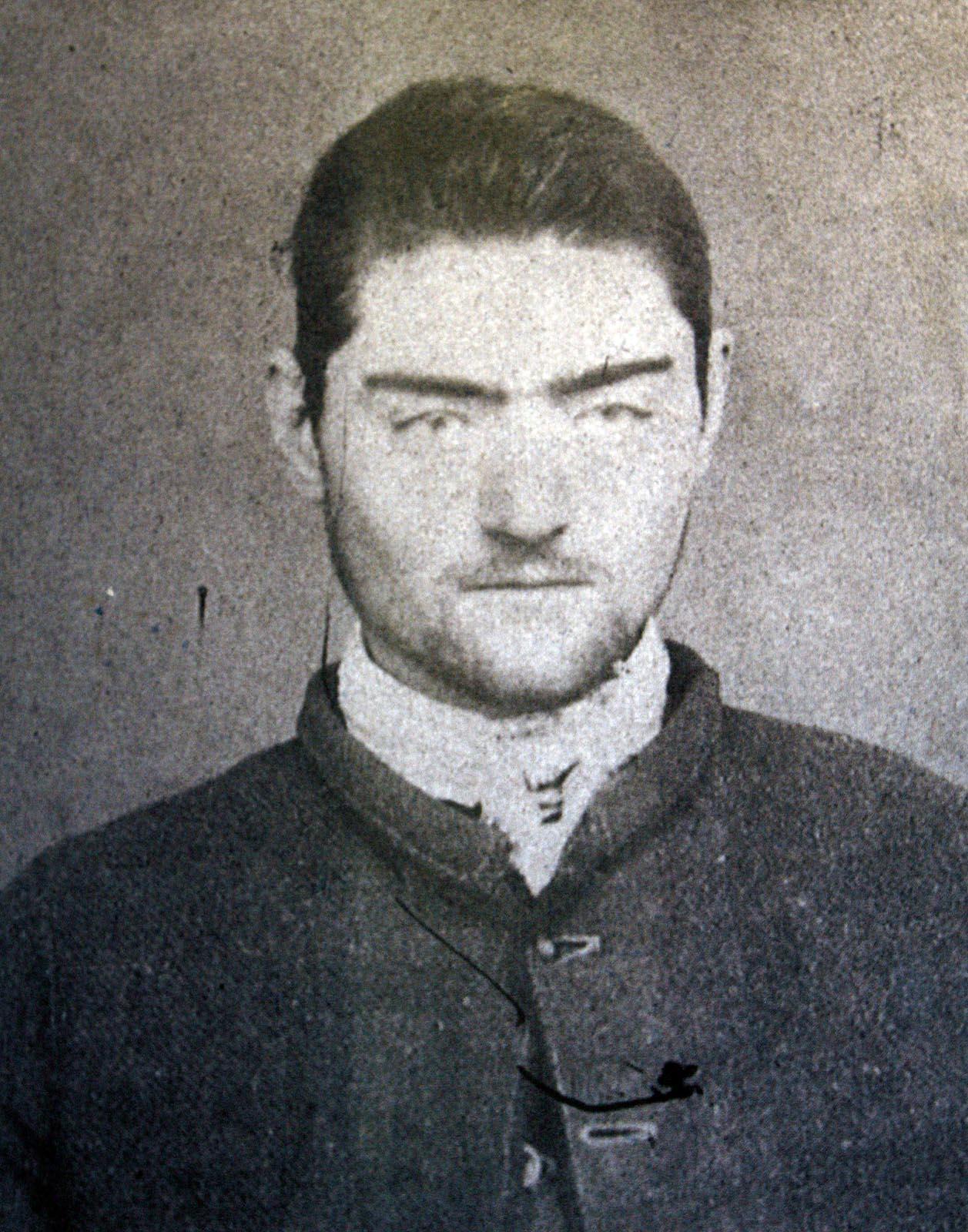 Foto policial de Ned Kelly a los 16 años (Foto: dominio público)