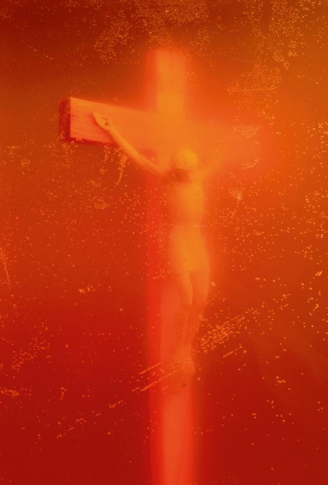 "ANDRES SERRANO - ""Piss Christ"", 1987 - Courtesy the artist, Nathalie Obadia Gallery and Thames & Hudson"