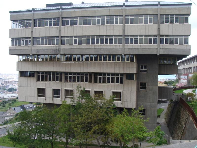 Escuela Técnica Superior de Arquitectura de La Coruña (Foto: Wikipedia)