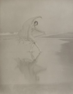 Arnold Genthe - Margaret Severn, dancing at the water's edge - New York Historical Society