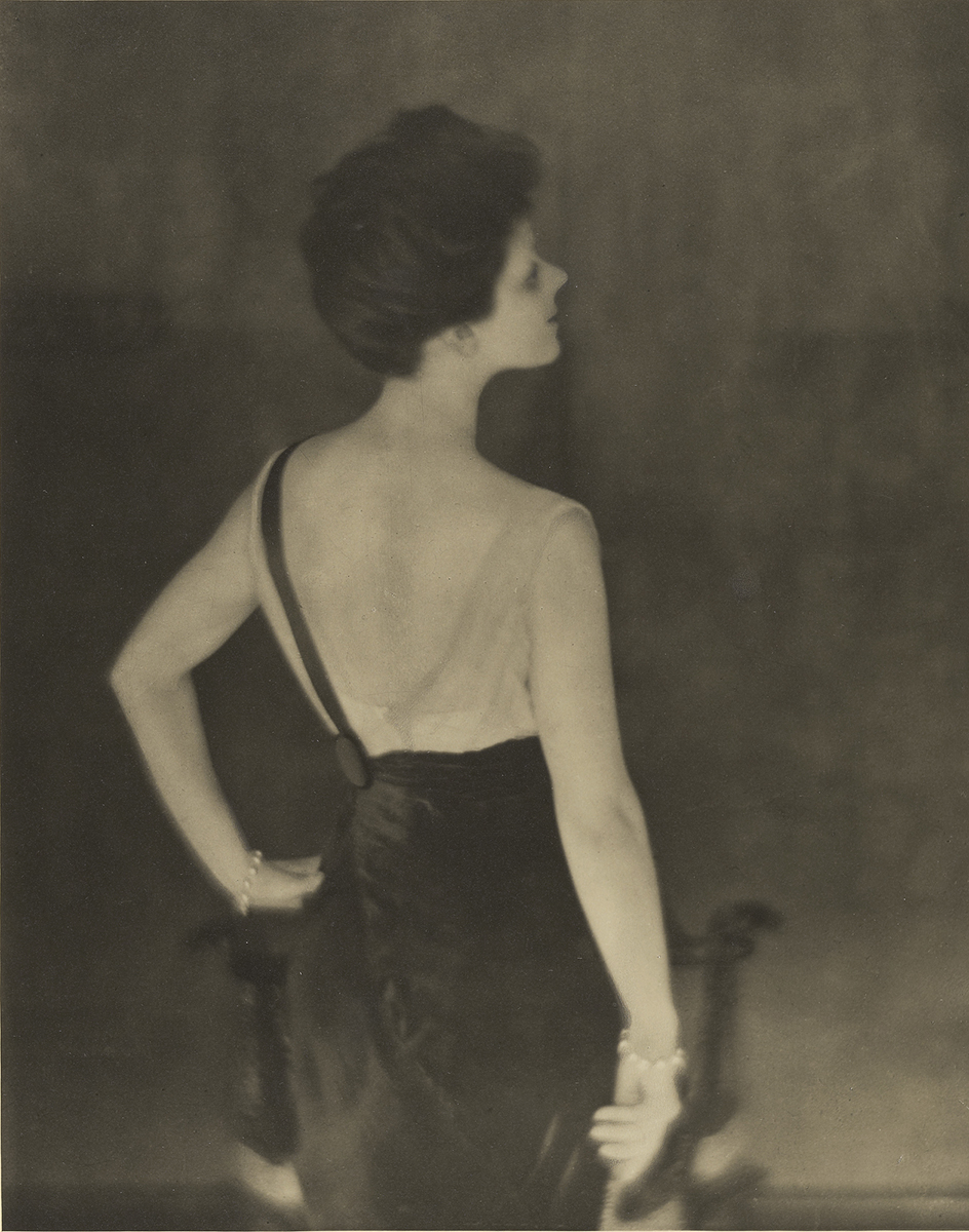 Baron Adolf De Meyer - Rita de Acosta Lydigne, 1913;© The J. Paul Getty Museum, Los Angeles